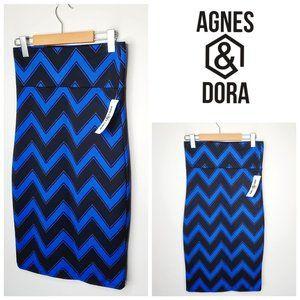 NWT AGNES & DORA Geometric Pull On Pencil Skirt
